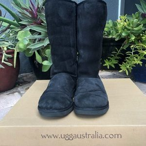 UGG black classic  tall boots size 8